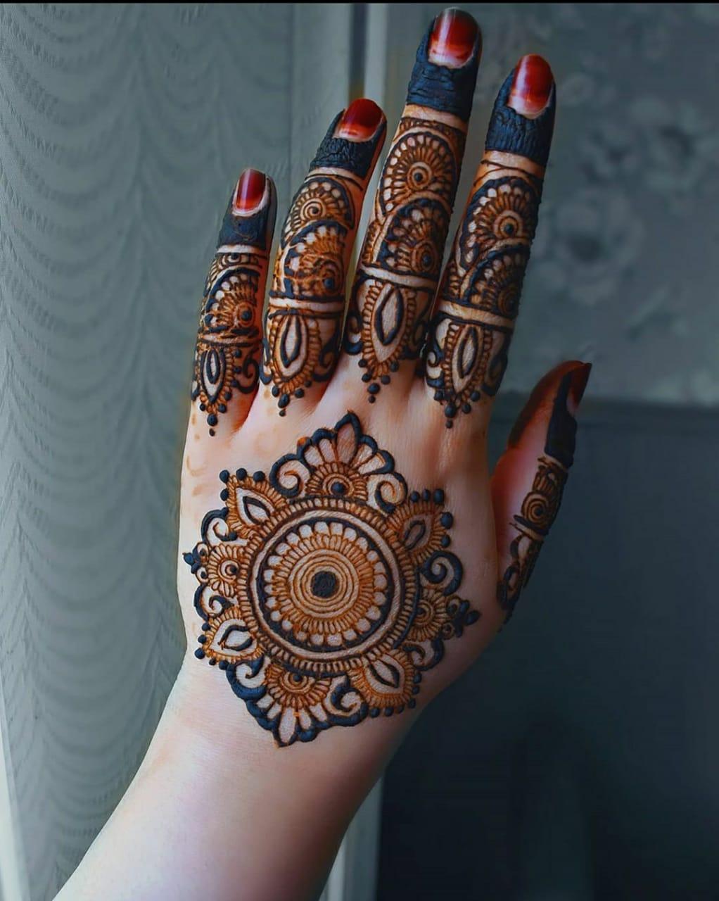 Round Henna Designs