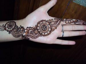Easy bail mehndi designs