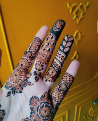 Step by Step Mehndi design for college girls