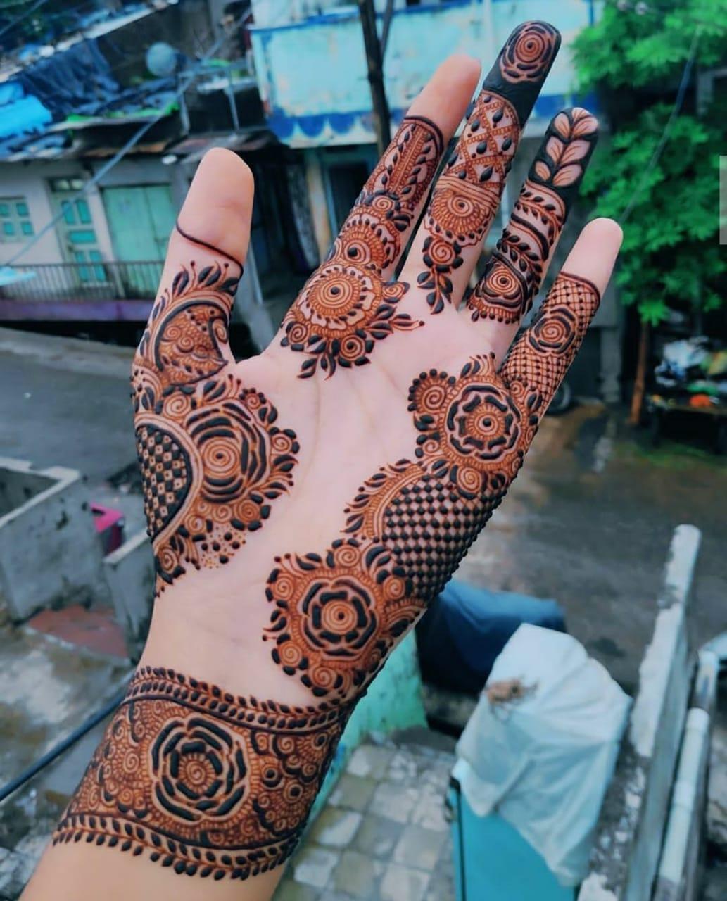Henna Designs for college girls
