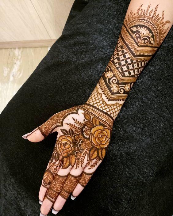 Rakshi Mehendi designs