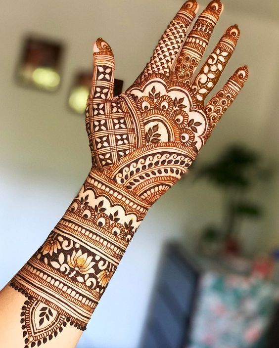 Hyderabadi Mehndi desings
