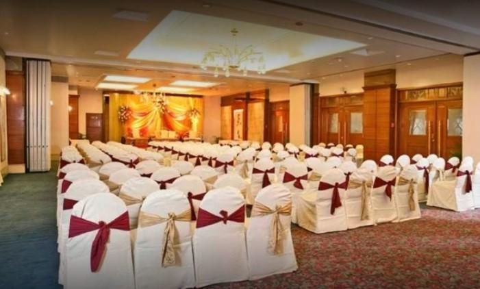 Kohinoor Continental - banquet hall in Mumbai